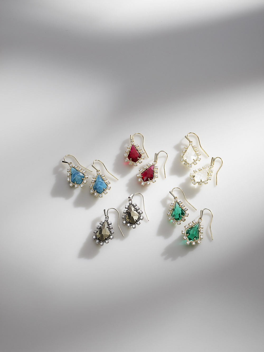 Kendra Scott - 091917_KS_Winter_Digital_11.jpg - brand name designer jewelry in Friendswood, Texas